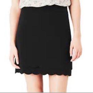 LOFT Scalloped Hem Black Skirt 00